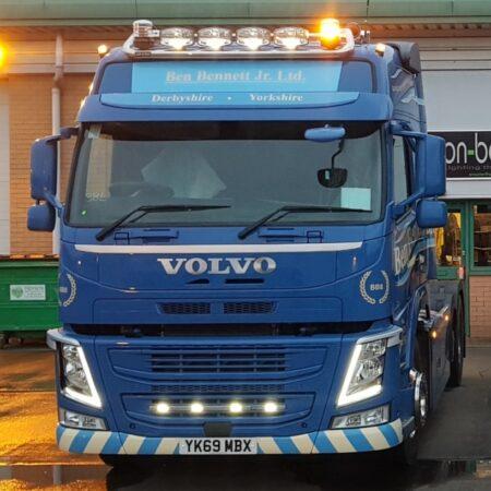 Volvo FH/FM Globetrotter GT/XL 6 spot DN roof bar