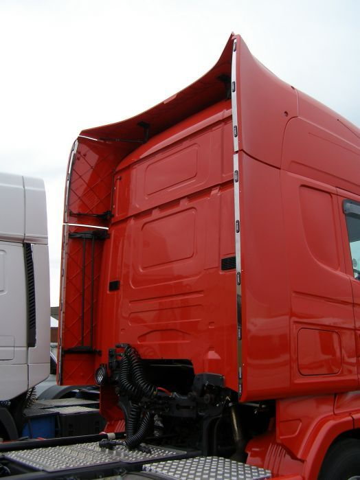 Scania R Series Vertical Wind Kit Light Strips